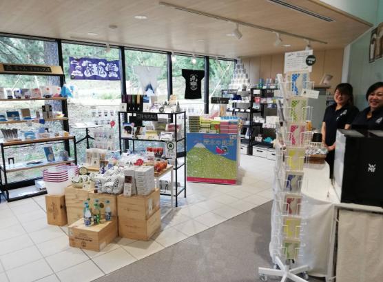 世界遺産「三保松原」のミュージアムショップ&カフェ